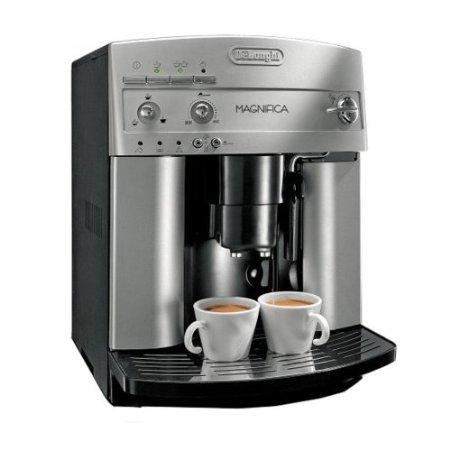 DeLonghi ESAM3300 Magnifica Super Automatic Espresso:Coffee Machine